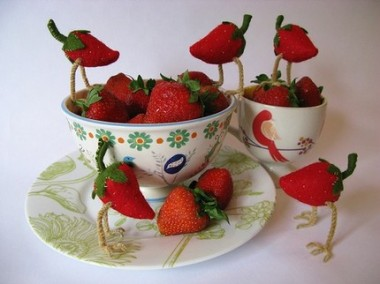 strawberries with bird legs